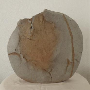 Venus vase #11   36 x 38 x 10 cm